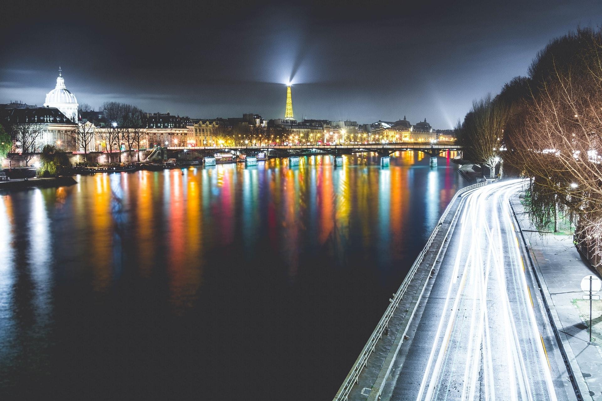Paris Touristique pour mise à disposition chauffeur privé