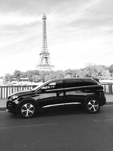 Votre VTC à Paris 8 avec véhicule tout confort
