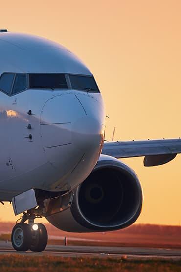 Navette VTC avec les Aéroport de Paris : Paris-Orly, Roissy-Charles-de-Gaulle, Paris-Beauvais, Le Bourget & tout aéroport de France / Europe